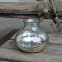 Vase i glas m. dekor i fattigmandssølv