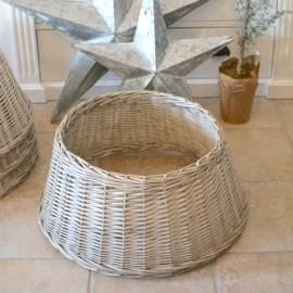 Skjuler til juletræsfod - flettet pil