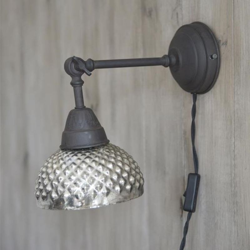 Væglampe m. skærm i fattigmandssølv