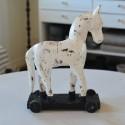 Hvid hest på hjul fra affari - 28 cm
