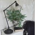 Bordlampe med skærm i fattigmandssølv fra JDL