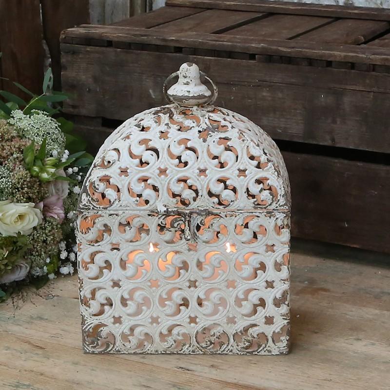 Lanterne / box i romantisk look - creme