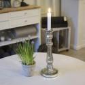 Høj lysestage i sølv look - H32.5